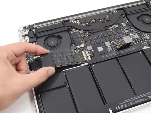 Apple Recognized Problems With SSD In MacBook Pro 13 Photo 1